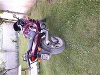 Shes Suzukin 750cc