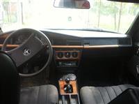 Mercedes 190 2.5