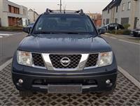 Nissan navara 2.5 disel