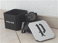 Orë dore për meshkuj | Police Concept
