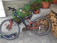 Biciklla ne gjendje te rregullt