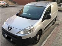 Pikap Peugeot Partner -08