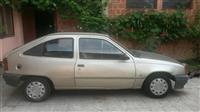 Opel Kadett 1.4 -89