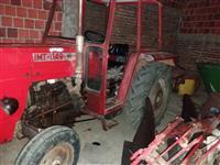 Traktor IMT 549