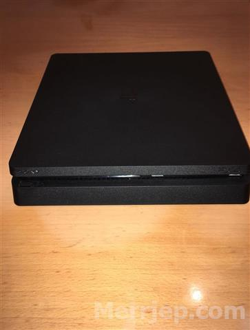 Shes-sony-playstation-4