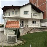 Shtepija ( villa ) ne shitje