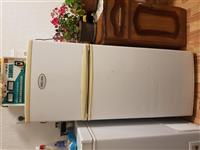 Shitet frigoriferi urgjent