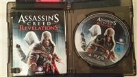Shes Assassin's Creed: Revelations