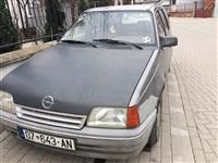 Shitet Opel Kadett 1.6