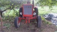 Shes traktorin Vlladimirec dhe ramin