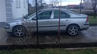 shes volvo S60