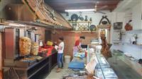 VLORE Shqiperi—Fast food piceri skay 1
