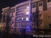 ⭕️Shitet banesa 90m2 në katin e 3-të në Veternik