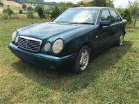 Mercedes 220 -97