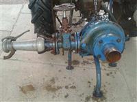 Shitet pompa e ujit per traktor