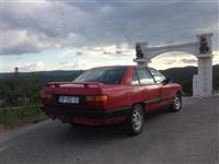 Audi 100 Shitet-nderrohet