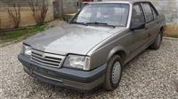 Opel Ascona 2.0 Benzin -90
