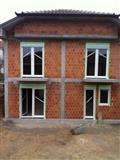 Dyer dhe Dritare 25%ZbritjeSezonale LAMIPLAST