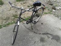 Bicikleta ne gjendje te mire