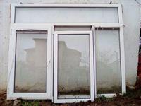 Shes dritaret Rehau