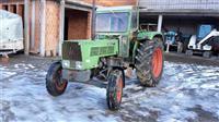 2 traktora fendt