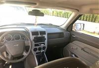 Jeep benzin 2.4 tip top munsi ndrrimi