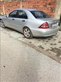 Mercedes 200 -01