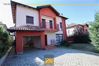 Shtëpi 272m² me QIRA në Lagjen Nic.