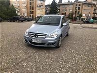 SHes Mercdes benz B 200