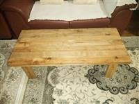 Tavolina druri pune artizanle