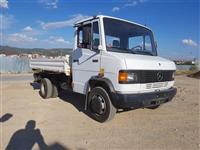 Mercedes benz 811D