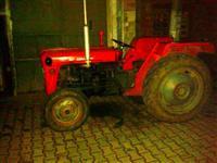 Shitet traktori ferguson 533