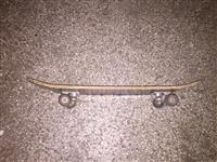 Shes Skatboard
