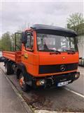 Kamion Mercedes-Benz 817