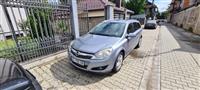 Shitet vetura Opel Astra caravan 2009