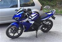 Honda CBR 125cc vetem 28000 km te kalume viti 2008