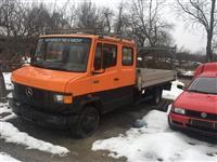 Kamion Merceders-Benz 611d