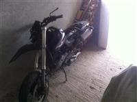 Shitet Honda 650 cc