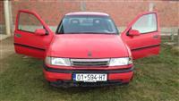 Opel Vectra benzin -89